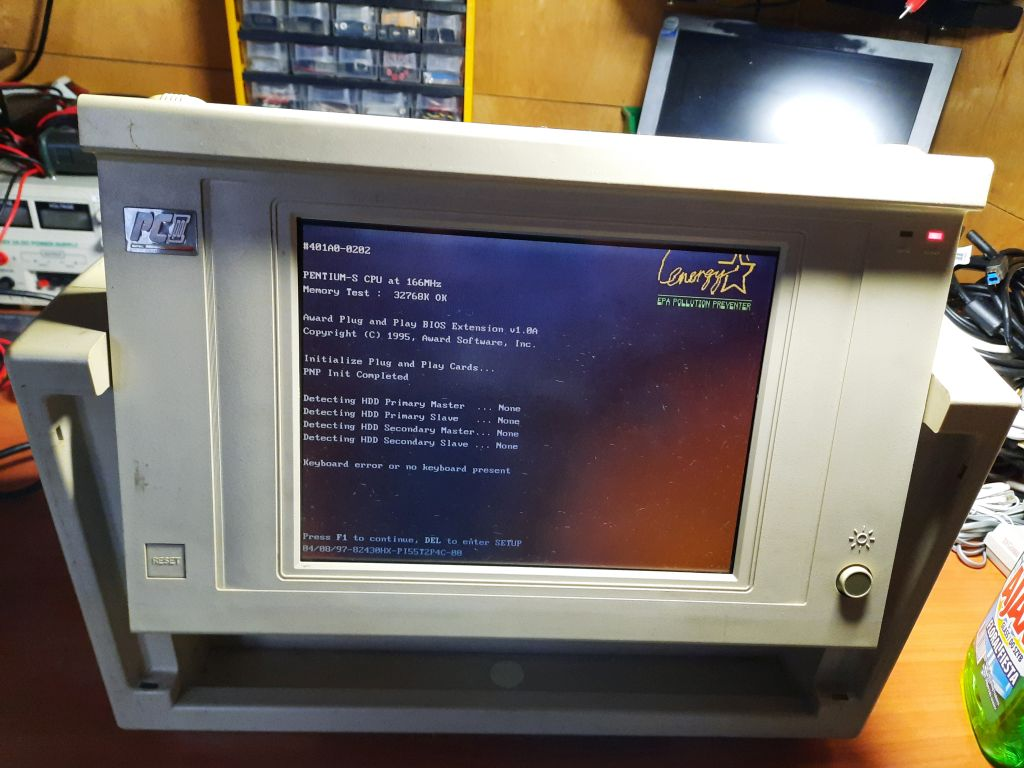 Compaq Portable PC3 opened (started up)